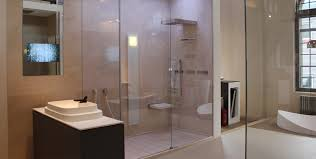 barrierefrei badezimmer barrierefreies bad planen behindertengerecht bodeneben