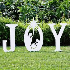 Hard Plastic Christmas Decorations Outdoors Best 25 Christmas Yard Ideas On Pinterest Diy Xmas Decorations