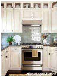 cottage kitchen backsplash ideas best 25 cottage kitchens ideas on white cottage