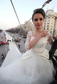 grosse robe de mariã e la plus longue robe de mariée du monde
