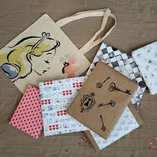 Handmade Gift Wrapping Paper - alice in wonderland wrapping paper diy free printable