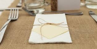 Dinner Table Do You Use Paper Towels As Napkins At The Dinner Table You Are