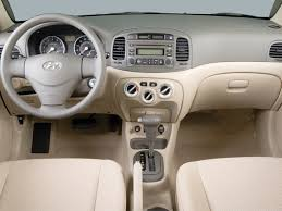 hyundai accent 4 door sedan 2006 hyundai accent reviews and rating motor trend