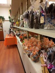 Indiana travel stores images 7 candy shops in indiana will make your sweet tooth explode jpg