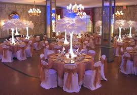 add flair with feathers feather centerpieces ostrich feathers