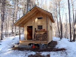Cool Cabin Ideas 28 Cool Small Cabins Tiny Cabin With Upstairs Balcony And