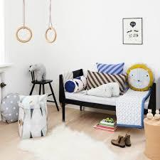 chambre d enfant original coussin enfant coussins déco et originaux pour chambre enfant