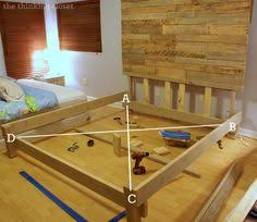 Diy King Size Platform Bed Frame by Diy Platform Bed With Floating Nightstands Carpentry Platform