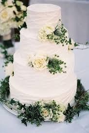 wedding cake greenery 15 amazing white and green wedding cakes emmalovesweddings