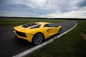 lamborghini aventador laps with the lamborghini aventador s video