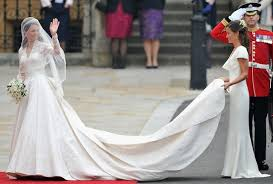 wedding dresses for rent this site lets you rent designer wedding gowns