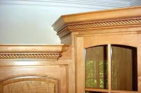 how to install crown molding on kitchen cabinets how to cut crown molding for kitchen cabinets video woodworking