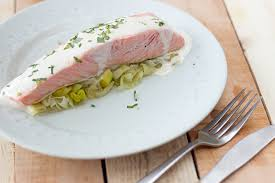 cuisine papillote pavé de saumon en papillote sauce à l estragon