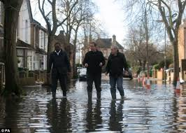 goring george michael george michael hopes flooding river thames won t wreck his country