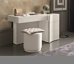 Creative Dressing Table Designs For Small Bedrooms - Bedroom dressing table ideas