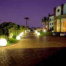 Professional Landscape Lighting Landscape Lighting Landscape Lighting Gives A Cool Effect