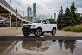 chevy colorado silver 2017 chevrolet colorado overview cars com
