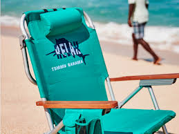 Ll Bean Beach Umbrella by Best Products To Take To The Beach Business Insider