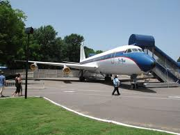elvis plane elvis presley s planes to remain at graceland ny daily news