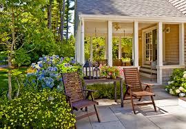 Cheap Backyard Landscaping Ideas by Backyards Simple Landscaping Ideas For Small Backyards With