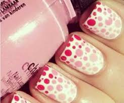 10 gorgeous gradient polka dot nail art designs