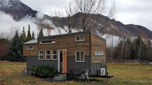 the brown bear tiny house 325 sq ft tiny house town