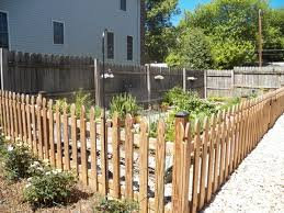 cheap fencing ideas for dogs fence ideas