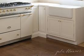 what is an apron front sink everything you need to know about an apron front farmhouse sink