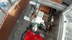 Building A House In Ct Robot Bricklayer Can Build A Brick House In Two Days Youtube