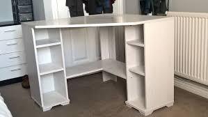 Small Corner Desk Au Desk White Corner Desk Australia White Corner Computer Desk Uk