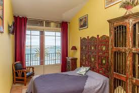 chambres d hôtes à collioure hotel triton collioure voir les tarifs 158 avis et 92 photos
