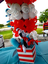dr seuss balloons dreamark events the cat in the hat dr seuss party