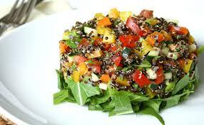 cuisiner du quinoa salade de quinoa tomates et concombres wecook