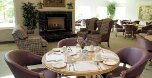 The Maine Dining Room Freeport Me Senior Living U0026 Retirement Community In Portland Me The Woods