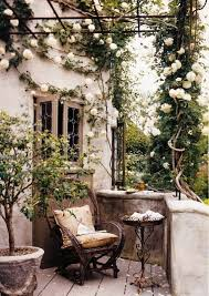 Patio Decorating Ideas Pinterest Best 25 Balconies Ideas On Pinterest Small Balcony Garden