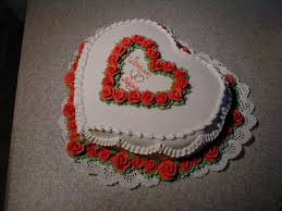 heart wedding cake small heart wedding cake by lizzylix on deviantart