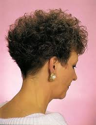 high nape permed haircut 115 best curly images on pinterest mixed curly hair curl