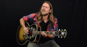 salon stage u201d lukas nelson carries on father willie u0027s legacy in