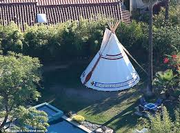 Backyard Teepee Miley Cyrus Erects A Giant 25 000 Teepee In Her Back Garden For