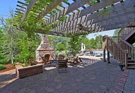 5 backyard escapes you don u0027t want to miss
