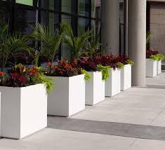 Concrete Planter Boxes by 10 Architectural Planters Contemporary Concrete Planters And