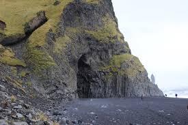 where is the black sand beach shah rukh and kajol u0027s