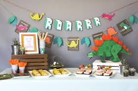 dinosaur party favors how to throw a dino mite dinosaur party evite
