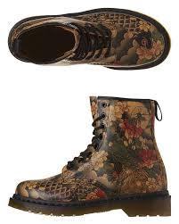 doc martens womens boots sale best 25 dr martens womens shoes ideas on dr martins