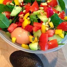 healthy living in heels spinach paprika salad v