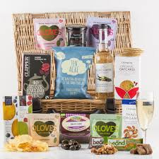 vegetarian gift basket vegetarian treat gift basket healthy vegetarian treats snacks