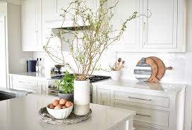 kitchen island decor best 25 kitchen island decor ideas on kitchen island