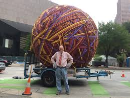 houston artist makes his thanksgiving day parade debut with
