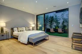 Luxury Bedroom Furniture Los Angeles Spacious And Luxurious Home In Los Angeles California 18