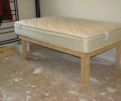 Diy Platform Bed Frame Plans by Best 25 Low Platform Bed Frame Ideas On Pinterest Low Platform